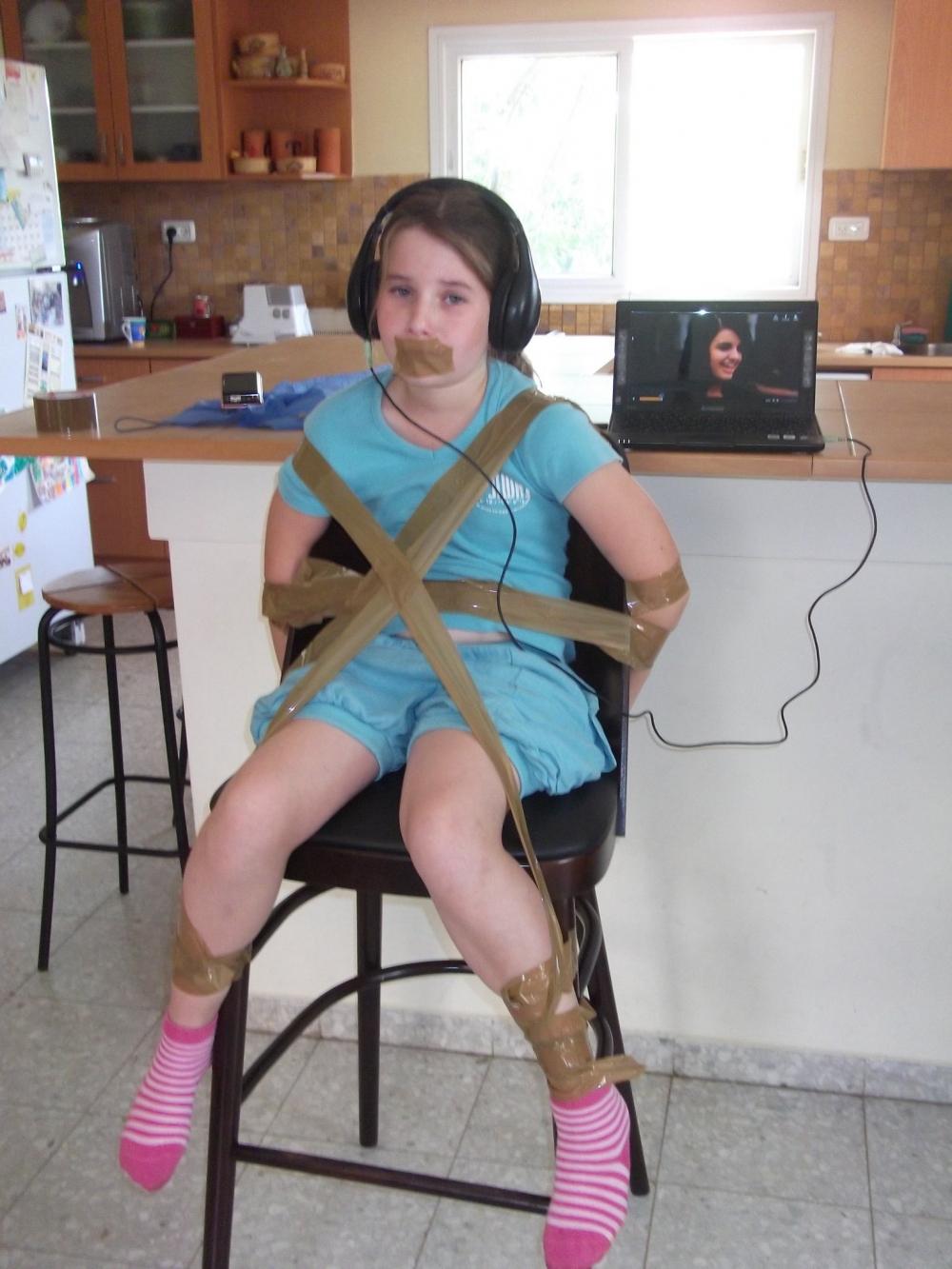 Пытки девушек фото 14 фотография
